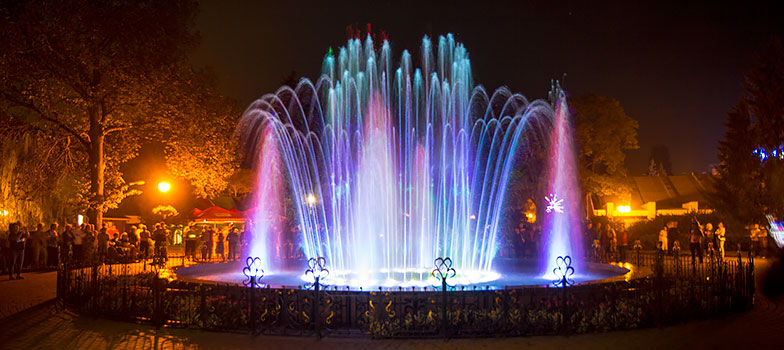 Санатории Миргорода – цветомузыкальный фонтан b43ae8ece9335